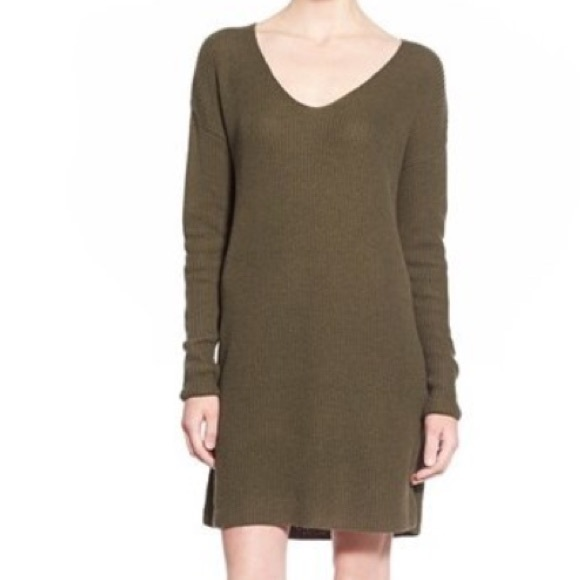 83c6f19612d Nordstrom Leith Olive Green V Neck Sweater Dress. M 5a5547a92ab8c592f3069677